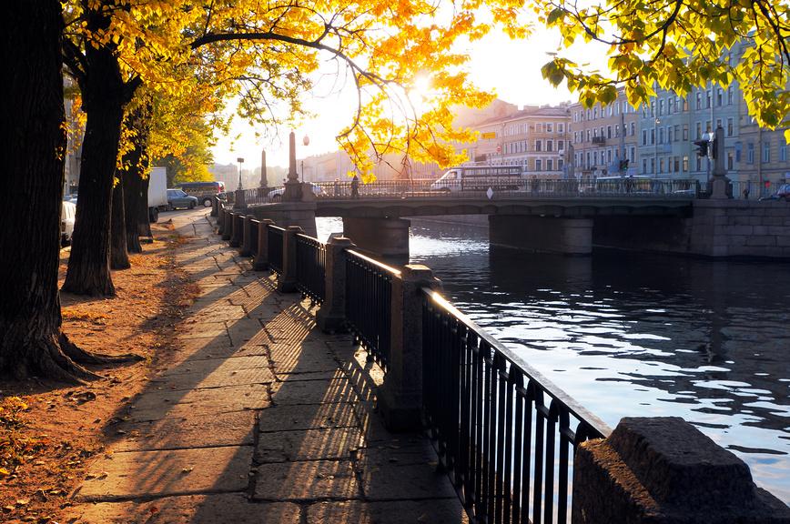Осенний городской пейзаж. Санкт-Петербург © Александр Алексеев / Фотобанк Лори