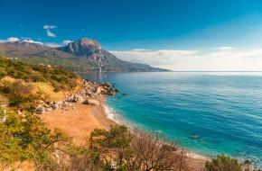 Бухта Ласпи, Крым © Константин Лабунский / Фотобанк Лори