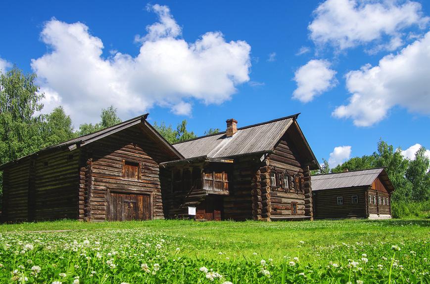 Музей деревянного зодчества в Костроме - Костромская слобода © Natalya Sidorova / Фотобанк Лори