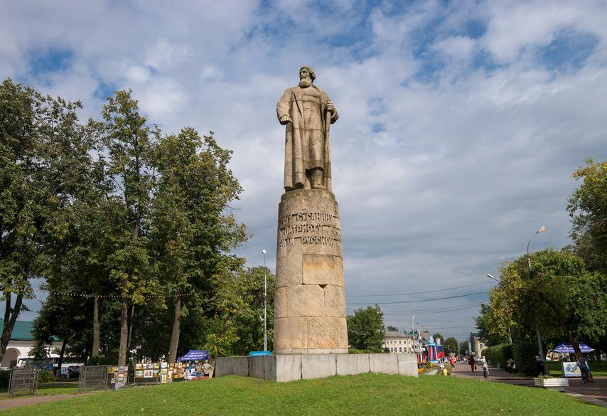 Памятник Ивану Сусанину. Кострома © Геннадий Соловьев / Фотобанк Лори