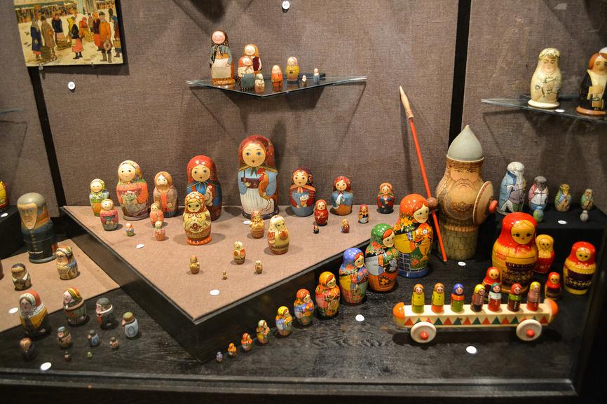Матрёшки в музее игрушки в Сергиевом Посаде © Ольга Гриднева / Фотобанк Лори
