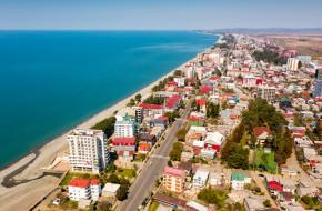 Панорамный вид на побережье Кобулети, Грузия © Яков Филимонов / Фотобанк Лори