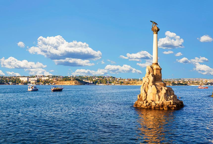 Памятник затопленным кораблям. Севастополь, Крым, Россия © Наталья Волкова / Фотобанк Лори
