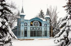 1200px-Лермонтовская_галерея_зимой