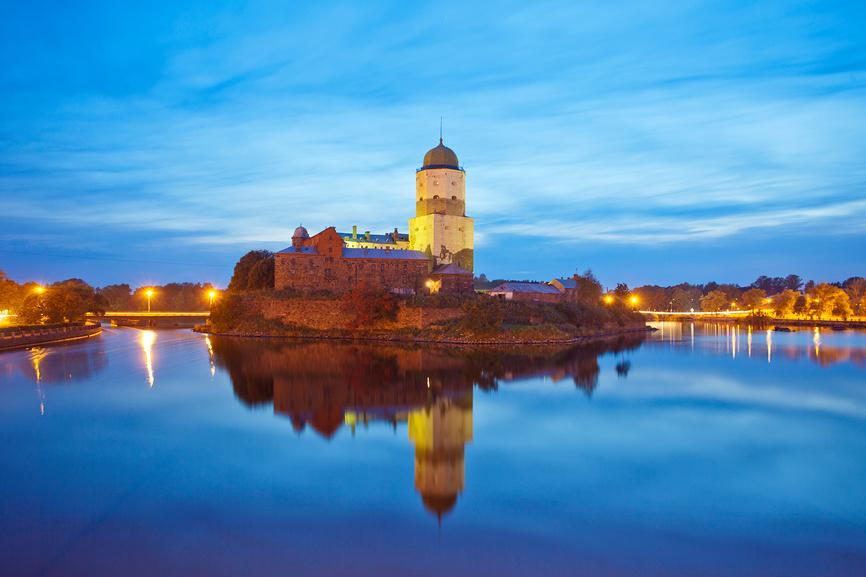 Выборг. Вид на Выборгский замок © Литвяк Игорь / Фотобанк Лори