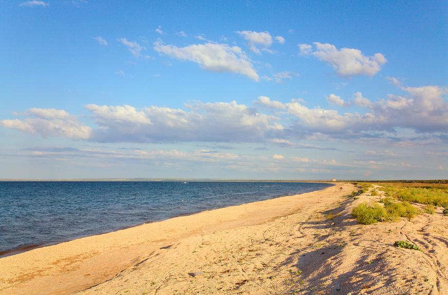 Берег Азовского моря © Юрий Брыкайло / Фотобанк Лори