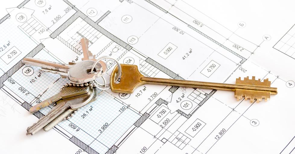 Ключи от квартиры на чертежах, план квартиры, коттеджа