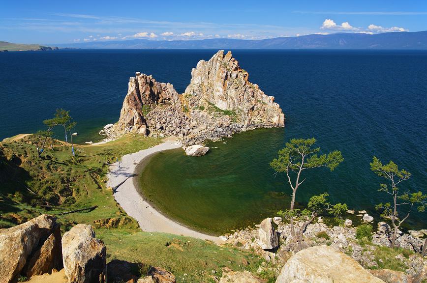 Байкал, остров Ольхон, мыс Бурхан, скала Шаманка © Михаил Марковский / Фотобанк Лори