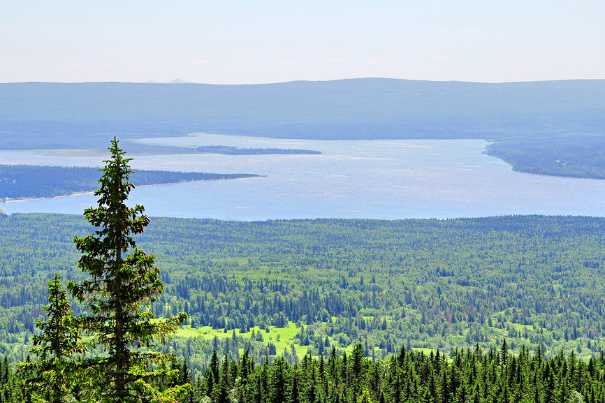 Горное озеро Зюраткуль. Россия © Art Konovalov / Фотобанк Лори