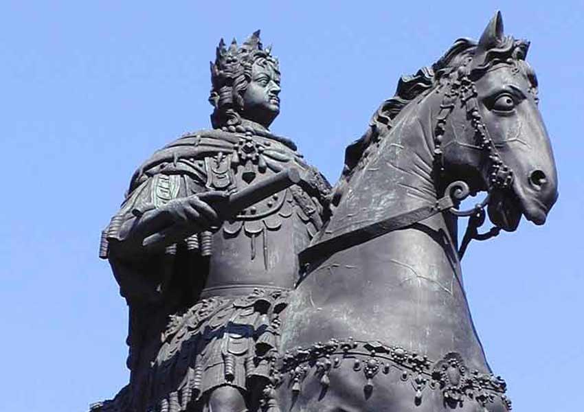 памятник у михайловского замка желание